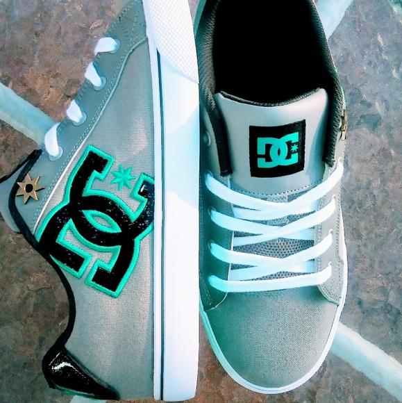 womens dc chelsea skate shoe